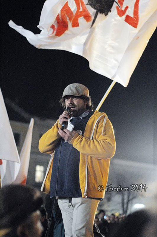 mihai-gotiu-protest-1_web